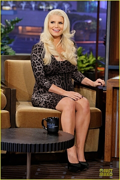jessica-simpson-tonight-show-with-jay-leno-appearance-03.jpg