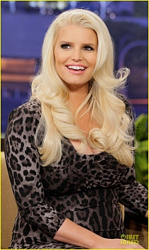 jessica-simpson-tonight-show-with-jay-leno-appearance-04.jpg